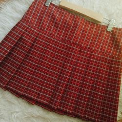 New handmade pleated skirt for school