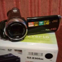 JVC HD Everio GZ-E305be Kamera