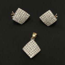 Gold earrings and zirconia pendant