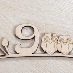 Kapıdaki bir tasarım etiketini baykuşlarla sipariş etmek için
