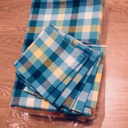 Tablecloth and napkins new