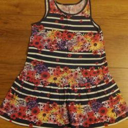 Dresses on the girl 3-4 years
