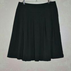 Skirt HM, excellent condition L