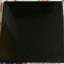Placi ceramice de 150x150 mm pe pereti