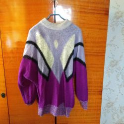 Women's sweater.