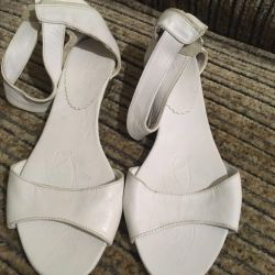 Sandals (new, nat leather)
