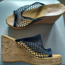 The sabot is female size 36