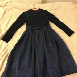 Stylish dress for girls in excellent condition