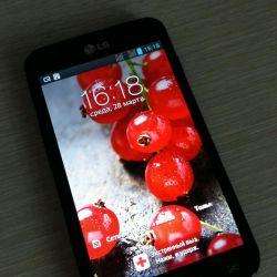 Τηλέφωνο LG-P715.