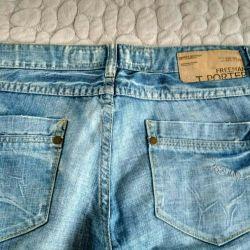 Women's jeans p.30-32.300 rubles