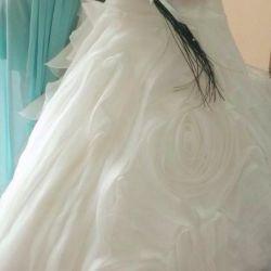 Very beautiful wedding dress with a train