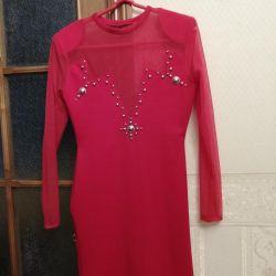 Κοκτέιλ κόκκινα μίνι φορέματα