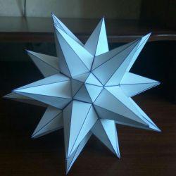 Paper figure star-shaped truncated icosahedron