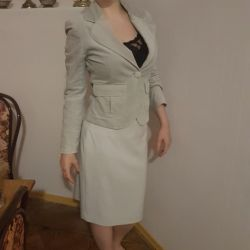 Gray suit (skirt and jacket)
