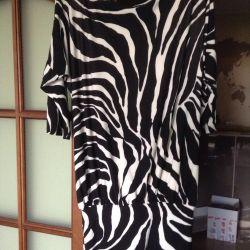 Платье б/ у, мало,в отличном состоянии.
