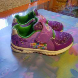 Kız için spor ayakkabı