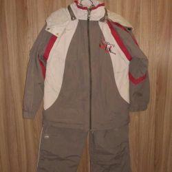 Тонкий костюм 122-128 рост