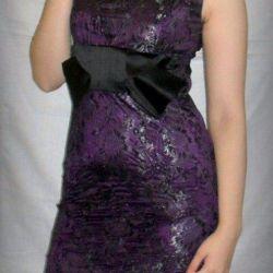 Etiketli yeni elbise, çözüm 42-44, 200 ovmak