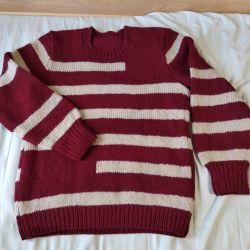 Women's sweater.