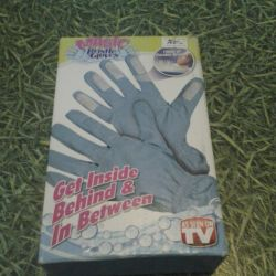 Universal gloves for cleaning