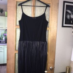 Dress with a pleated skirt 56 size