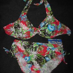 NEW separate swimsuit RIVAGE LINE p.52