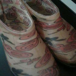Lastik çizmeler 28