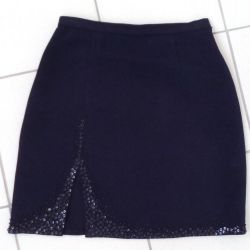 Skirt with embroidery 48.