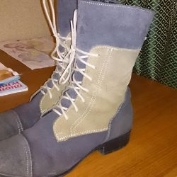 Genuine leather boots 37