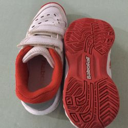 Sneakers (tennis) size 32