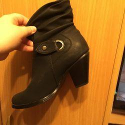 Χειμερινές μπότες νέες