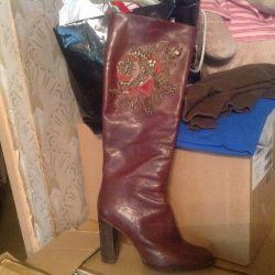 ICEBERG boots used
