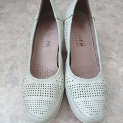 Ayakkabı boyutu 39