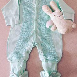 Taburculuk ve bebekler için kostümler
