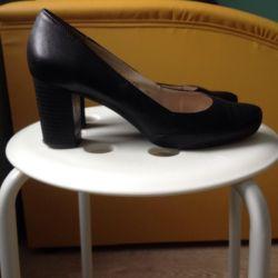 Кожаные туфли 38р