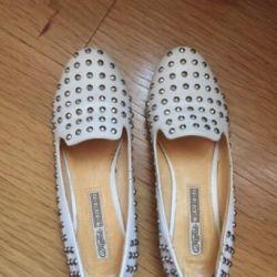 Beyaz Loafer'lar