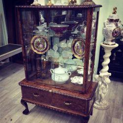 Showcase Antiques Europe