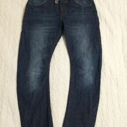 Jeans Zara 134-140r. for boy.