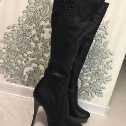 Нові чоботи осінні