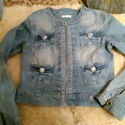 Denim jacket for a girl