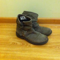 Kullanılmış ayakkabı