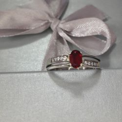 Silver ring 925 tests. Size 18.5