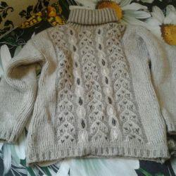 Тeплый свитер