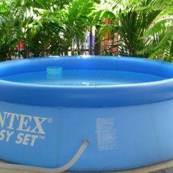 Εύκολη πισίνα