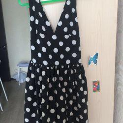 Φόρεμα μεγέθους 42