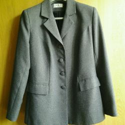 37. Jacket for women, p.48-50, used