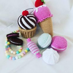 Knitted toys and sweets