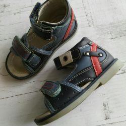 Sandals size 22