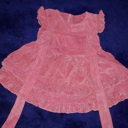 Ρούχα για κορίτσια μέχρι περίπου ένα χρόνο