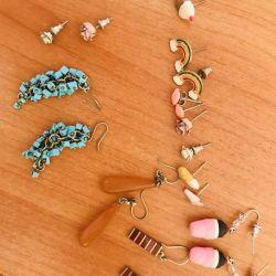 Διαφορετικά σκουλαρίκια